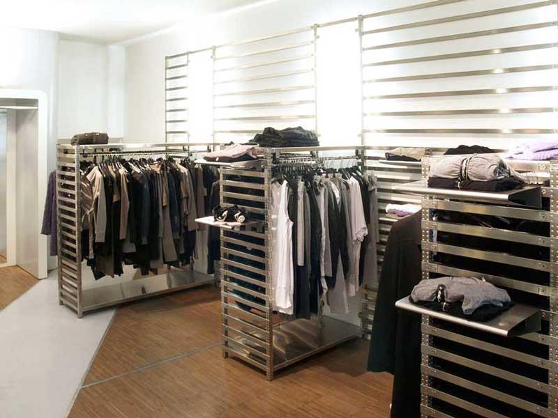 scaffali_abbigliamento
